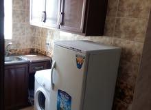 شقق غرفتين وصالة ومطبخ وحمام مفروشه للايجار للطالبات والعائلات فقط في ابو نصير
