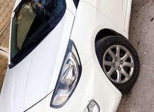 White Hyundai Accent 2013 for sale