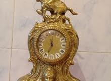 ساعة ميکانيکية من النحاس الثقيل قديمة تحفة ناذرة تعمل بشکل جيد جدا
