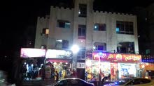 مجمع تجاري بدخل 9% في عمان الغربيه