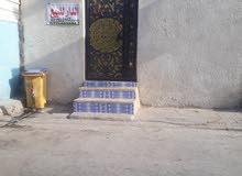 نص بيت حي الحسين منطقه 3قرب المستوصف خلف جامع سيد نعمه