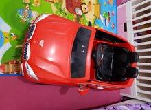 سيارة اطفال حجم كبير BMW مع ريموت وشاحنها الاصلي
