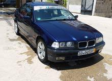 BMW 318 بحاله جيده