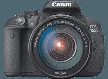 *كاميرا للبيع النوع :canon 700D