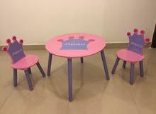 طاولة أطفال و 2 كرسي