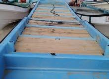 قارب 25 قدم شبه جديد بدون ملكيه