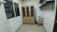 شقة مفروشة ثلاث غرف للايجار في الحورة مع الكهرباء