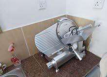ماكينة تشريح لحم وجبنة وغيرها
