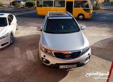 Automatic Kia Sorento for sale