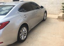 Used ES 2013 for sale