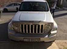   كامل الإضافات جيب ليبرتي شيروكي Jeep Cherokee  liberty 2011