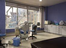 عيادة اسنان مجهزة بالكامل للبيع