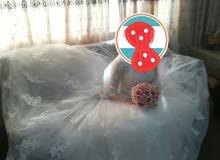 بدلة زفاف للبيع