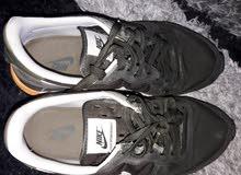 حذاء NIKE اصلي نمره 42.5