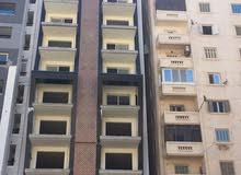 بوسط البلد شقة 220م على الترام مباشرة بكامب شيزار
