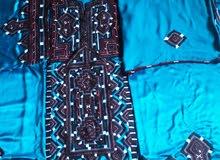 للبيع ملابس البلوشيه مع جميع ملتزماتها