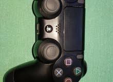 URGENT SALE PS4 CONTROLLER GEN2