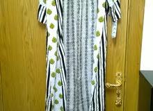 للبيع فستان خليجي جديد جميل جدا بسعر مغري جدا