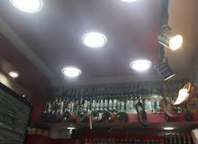 محل مؤجر ب 1400 في شارع ميزران للبيع