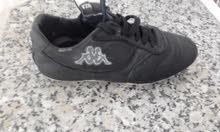 حذاء كرة قدم للبيع