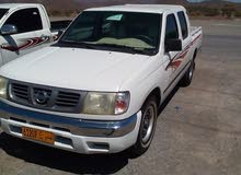 White Nissan Pickup 2002 for sale