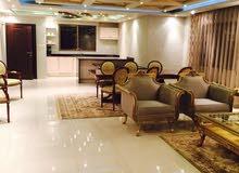 شقة مميزة للبيع في تلاع العلي طابق ثالث 200م مع روف 200م تشطيب سوبر ديلوكس