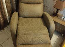 للبيع كرسي هزاز جديد مستعمل شهر واحد فقط