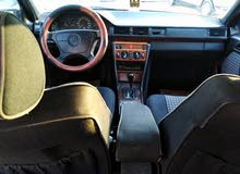 Available for sale! 10,000 - 19,999 km mileage Mercedes Benz E 200 1994