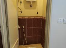 شقه استوديو راقيه و مفروشه ( غرفه+ مطبخ+حمام+ صاله)