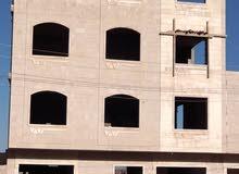 عماره 3 دور  شارع 14 متر زفلت بسعر مناسب