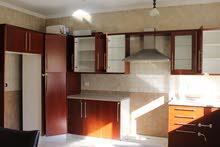 للايجار شقة فارغة سوبر ديلوكس في منطقة دير غبار 4 نوم مساحة 300 م² - ط ارضي