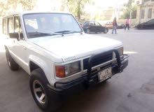 Manual White Isuzu 1990 for sale