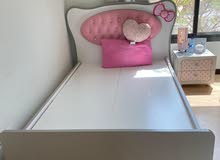 single bed with Sid table for sale