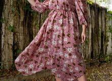 فستان مقاس كبير بأكمام طويله