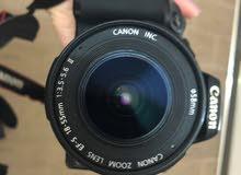 كاميرا كانون EOS 1000D مستعملة بحالة ممتازة مع جميع اغراضها