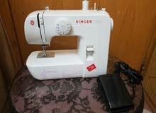 للبيع مكينة خياطة سنجر ستارت استخدام اسبوع فقط