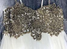 فستان ابيض جديد