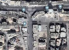 ارض تجاري للايجار بمساحة 400م في خلدا إشارات البنك العربي الارض على شارعين