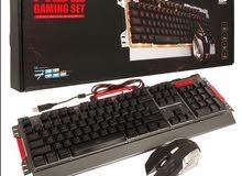 لوحة مفاتيح مع الماوس للجيمرز
