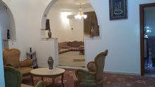 طرابلس : مشروع الهضبه / بوسليم خط واحد بقرب من صالة دانه للمناسبات بعد الكوربات