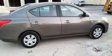 للبيع سيارة صني ممتازة لا تحتاج الى اي شي موديل2014 ماشيه80امبيمة امسجلة سنة