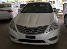For sale 2013 White Azera