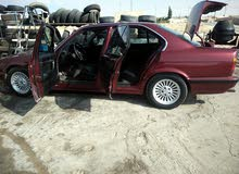 BMW520 موديل 90 للبدل على BMW قير عادي فقط