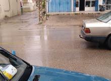 محل للإيجار - العيرونية, مطل على طريق عام سير الضنية مع موقف سيارة