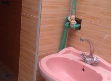 مكتب الضيف ::مشتمل ارضي غرفه ودوانيه وموزع نظيف جداسراميك جداري ورضي