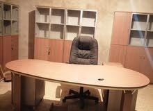 مكاتب مستعمل