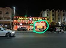 مبنى تجاري للايجار على شارع شهار