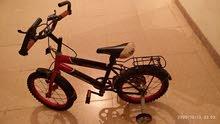عندي دراجة رقم والحجم (16)والنوع والموديل رامبو وهي جيدة جداً وبنسبة 100/80شبه جديدة