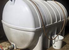 اعلان عن بيع خزان ماء فيبر سعة 5000 لتر