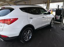 40,000 - 49,999 km Hyundai Santa Fe 2016 for sale